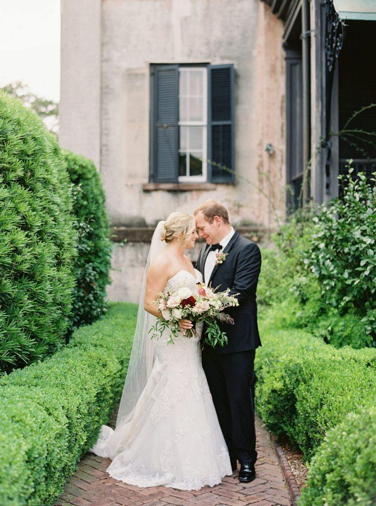 savannah-wedding-bride-groom
