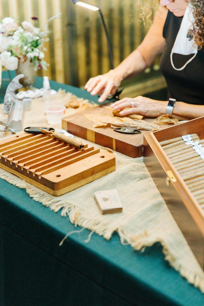savannah-wedding-cigar