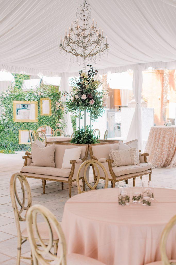 savannah-wedding-cocktail-seating