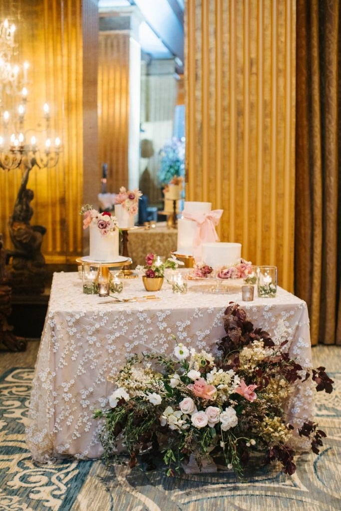 savannah-wedding-reception-cake