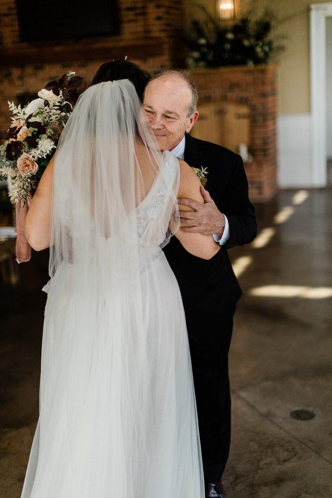 garden-inspired-wedding-father-daughter-first-look