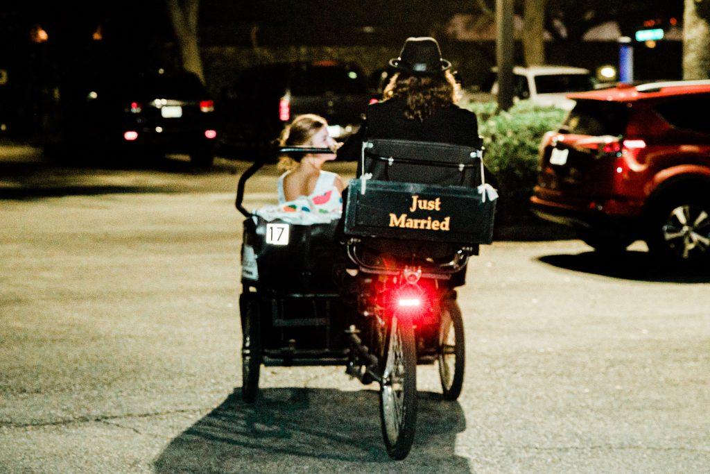 savannah-wedding-pedicab-exit